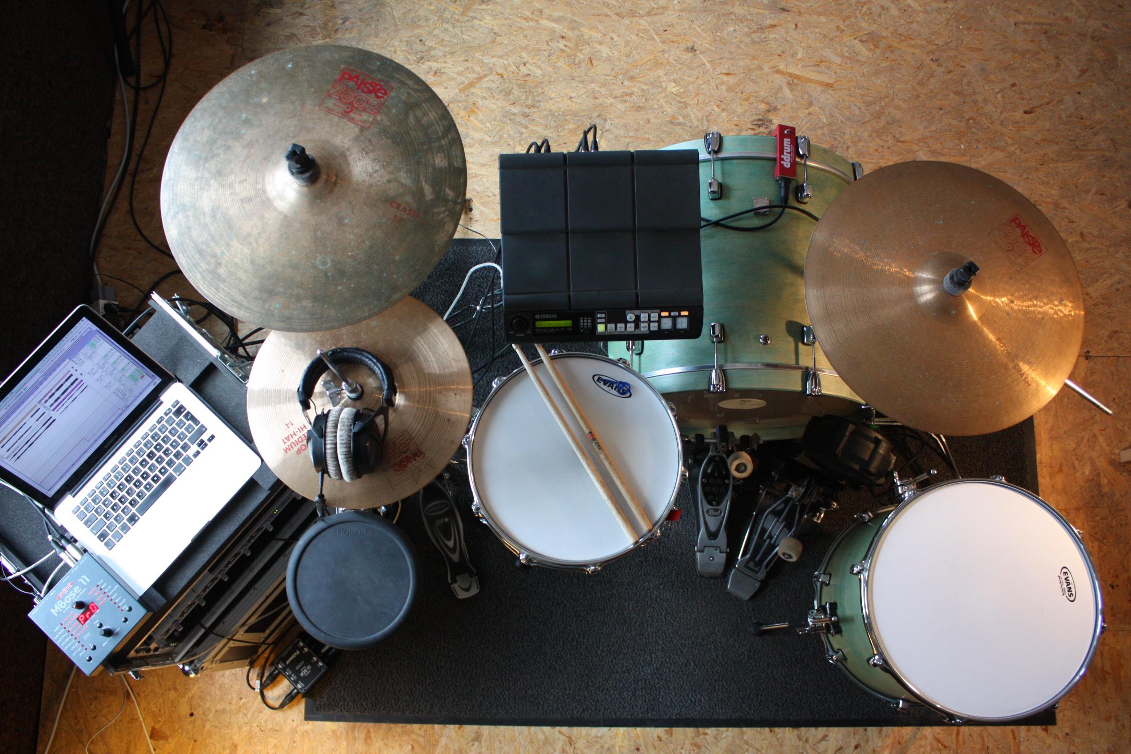 Hybrid Drumset